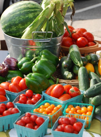 Farmers_Market_in_Greenport-w348.jpg