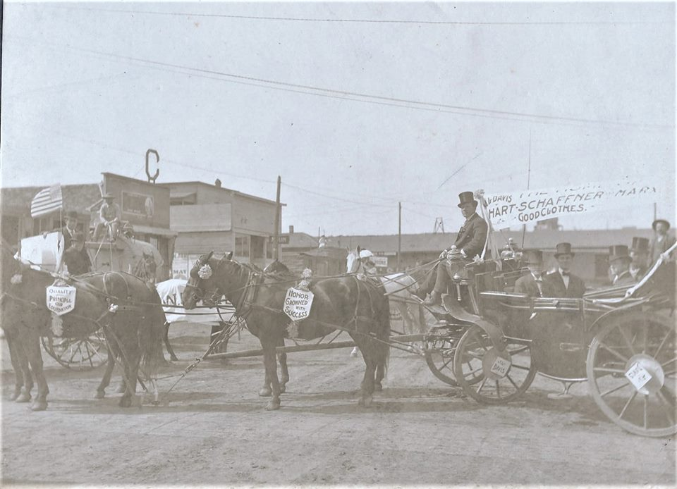 Early-Sapulpa-horses-and-wagon.jpg