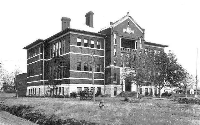 Garfield-School.jpg