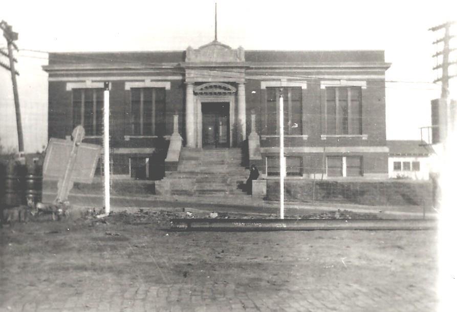 Sapulpa-Public-Library-early-days.jpg