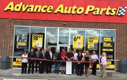 Advance-Auto-Parts-Ribbon-Cutting.JPG-w504-w490.jpg