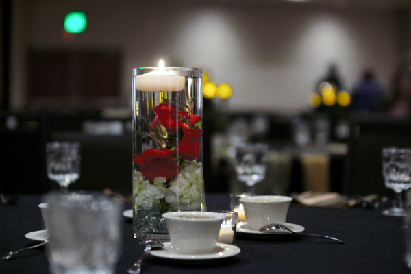 Centerpiece-tall-rose-w-candle-resized.jpg