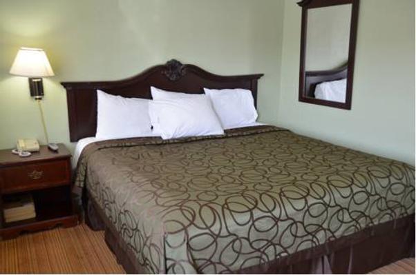 Tamalpais Hotel