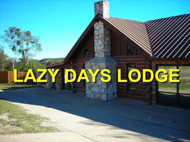 lazy_days_lodge_logo.jpg
