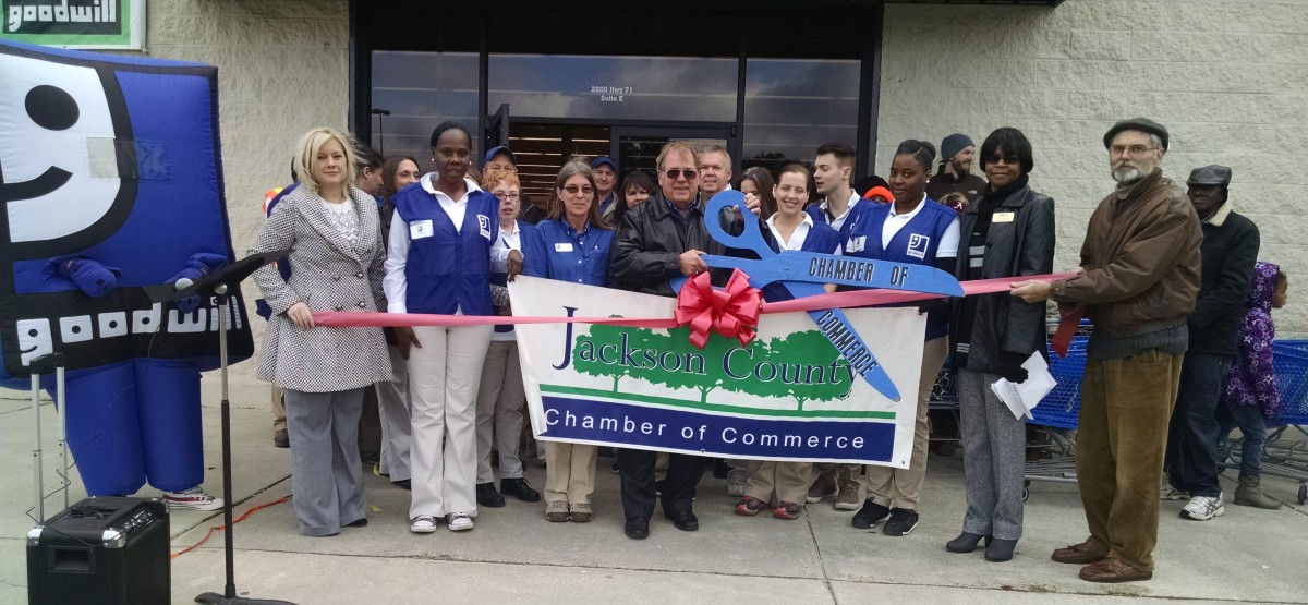 Goodwill_Ribbon_Cutting-w1200(1).jpg