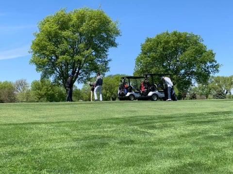 golfers-gonna-golf-w480.jpg