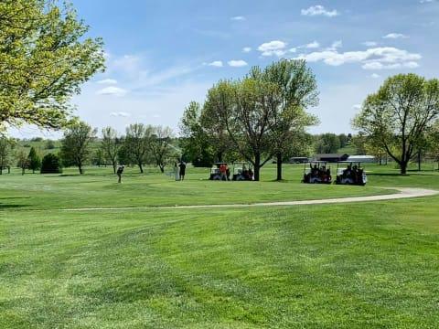 golfers-pile-up-w480.jpg