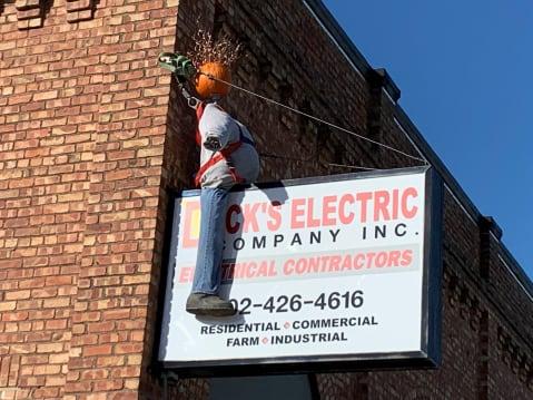 Dick's-Electric-w479.jpg