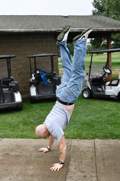 Joe-Handstand-w415.jpg