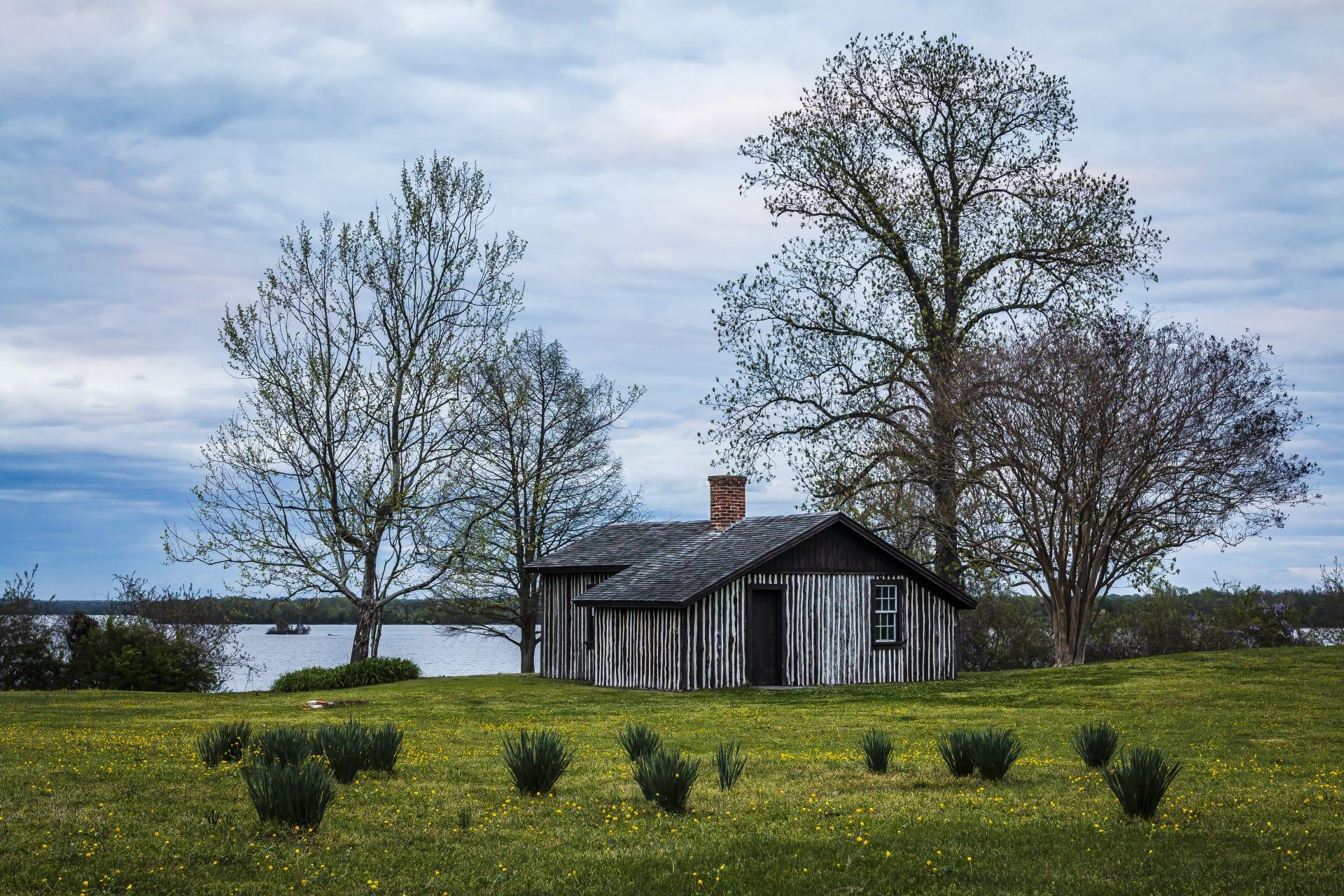 Grant's-Cabin-4-w1920.jpg
