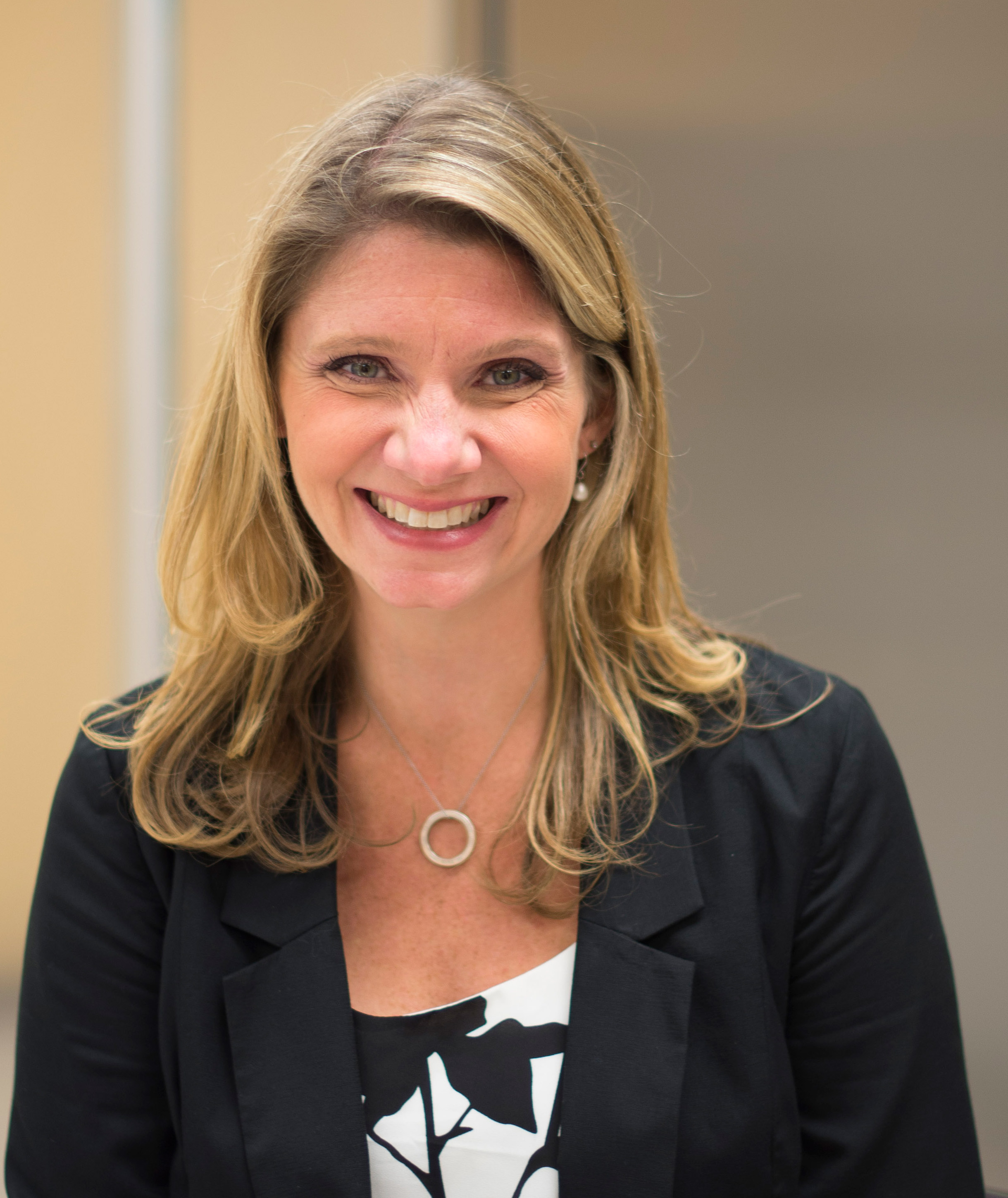 Shelly Bernat - Chicago Expert Importers