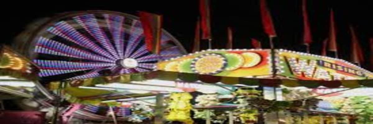 ferris-wheel-t-night-w601-w1200.jpg