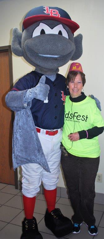 Buddy-Bat-and-Helen.jpg