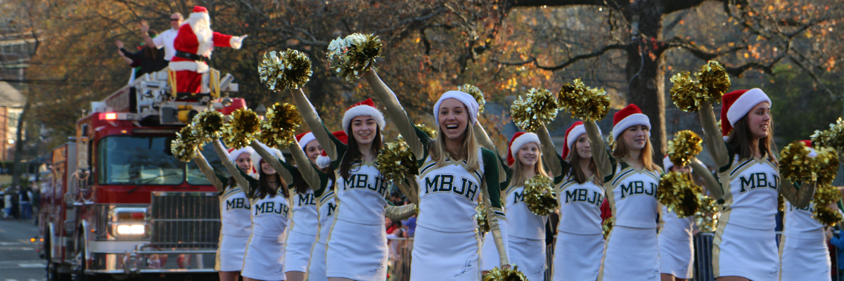 2016-12-MB-Xmas-Parade-cheerleaders.jpg