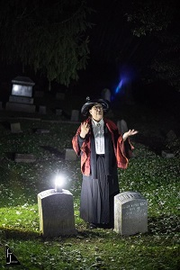 spirit-tour-graveyard-scene-resized-for-Travel-WI.jpg