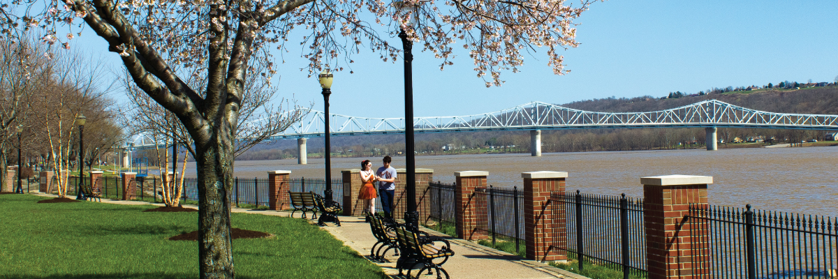 riverfront-couple.jpg