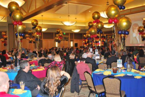 Dinner-audience-w600.JPG.jpg