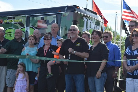 JDog-Junk-Removal-and-Hauling-Ribbon-Cutting-580px.jpg