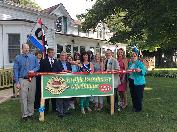 Ribbon Cutting at the Ye Olde Farmhouse Gift Shoppe at Lakeside Farms