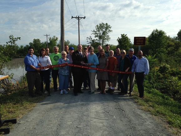 Ribbon Cutting Champlain Trail