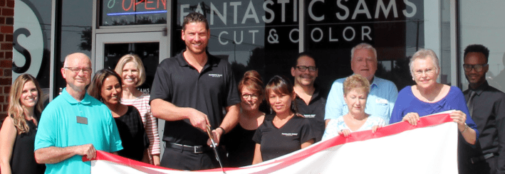 Fantastic-Sams-ribbon-cutting1(1)-w709.png