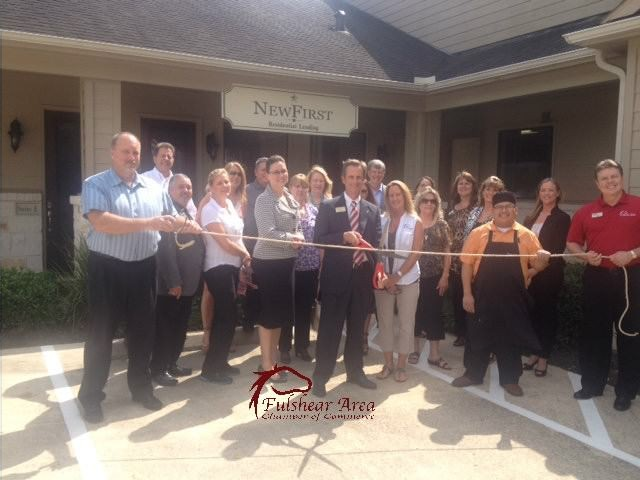 NewFirst_National_Bank_Rope_Cutting.jpg