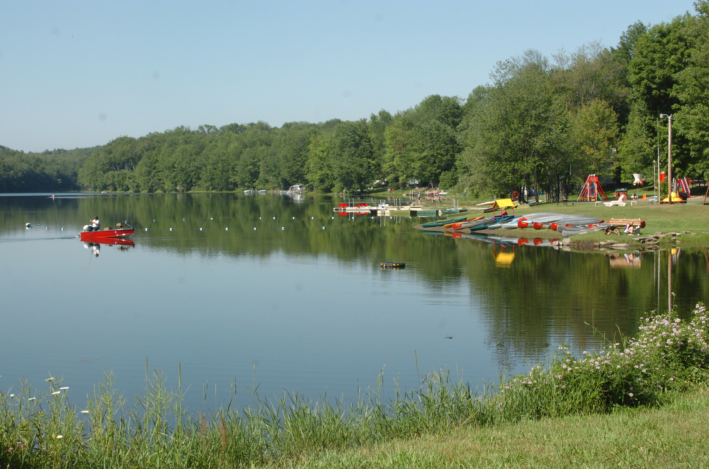 Campgrounds-Lake-Keen-Lake-4-PoconoMtns.JPG