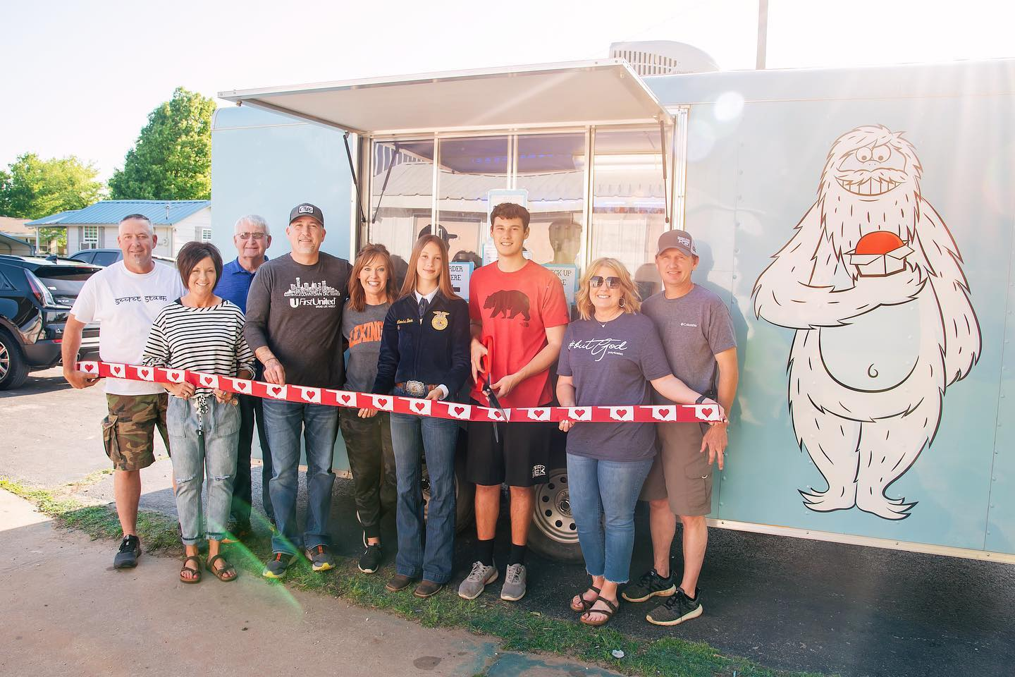 The Bean's - Mr. Yeti Snow Cones & Hot Chocolate Mobile snow cone and hot chocolate trailer based out of Lexington, OK. Call today for your next event!