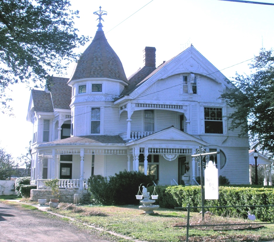Historical Homes Visit Cleburne Texas