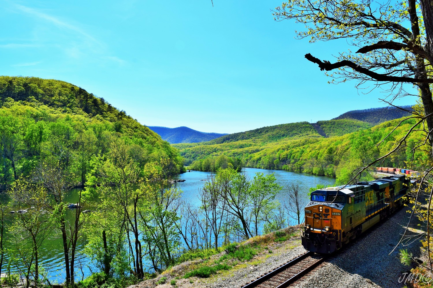 Amherst-Co-mountain-train-river_Rt-130_Julie-Deutsch-image.jpg