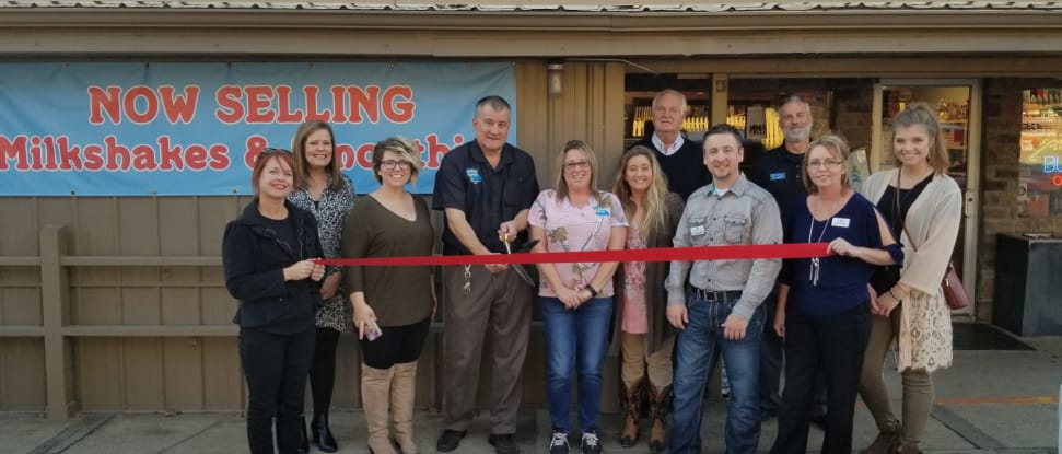 Joe-Bald-Market--Member-Ribbon-Cutting(1).jpg
