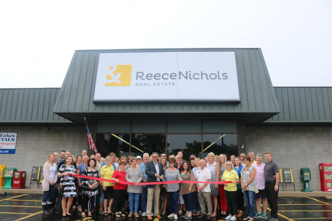 ReeceNichols-Ribbon-Cutting-8-29-18-w1100.jpg