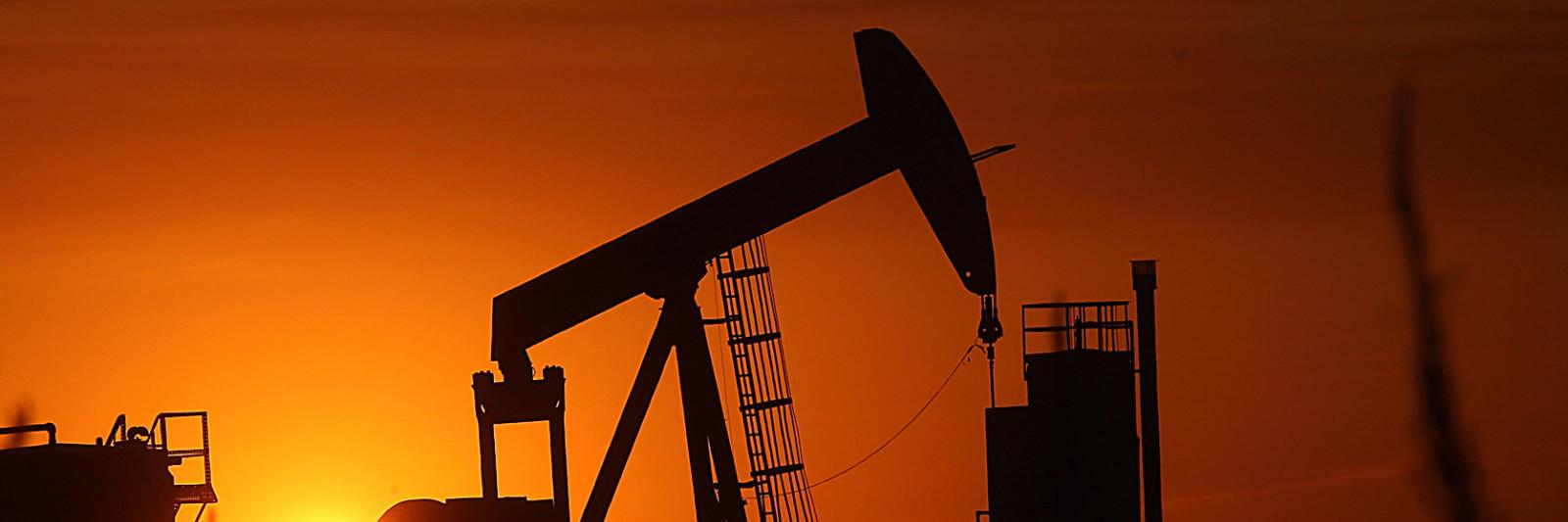 Oil-Rig-w1600-w1600.jpg