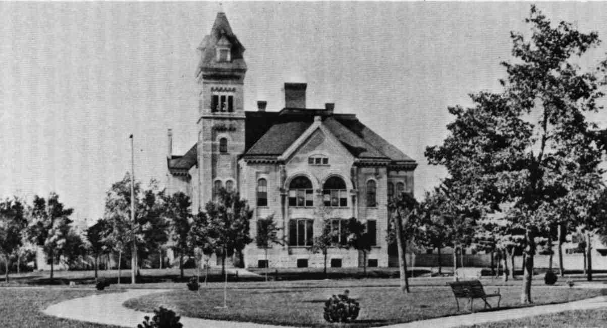 Elgin-High-School-1884.jpg