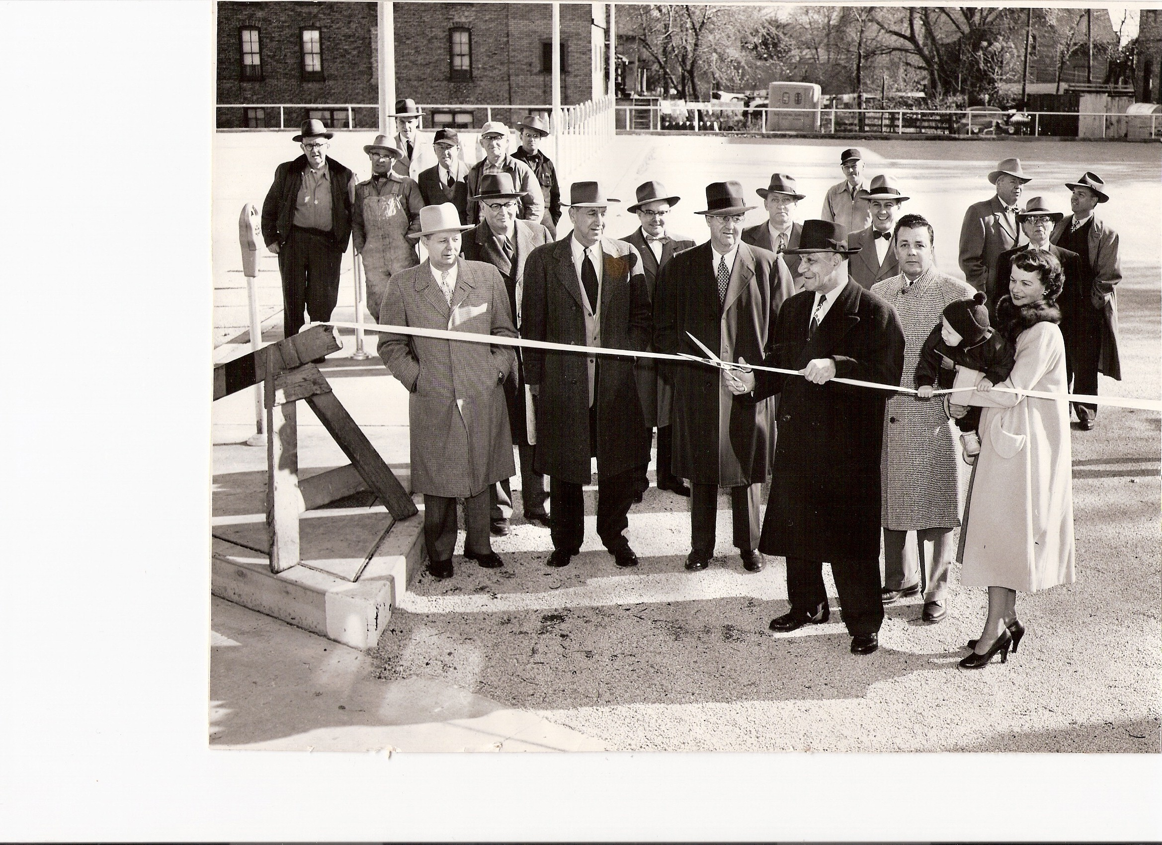 Lehrman-and-Zimmerli-Ribbon-Cutting.jpg