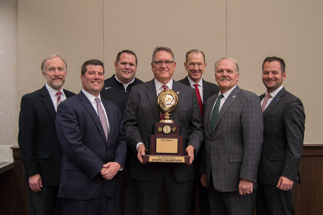 Blankenship-Group-Photo---Trophy-(1-of-2).JPG