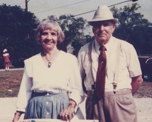 1987-Paul-and-Juanita-Barnes-w500(1)(1).jpg