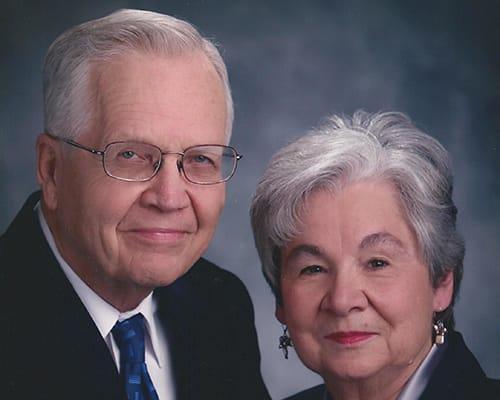 2005-Dale-and-Sue-Blackwood-w500.jpg