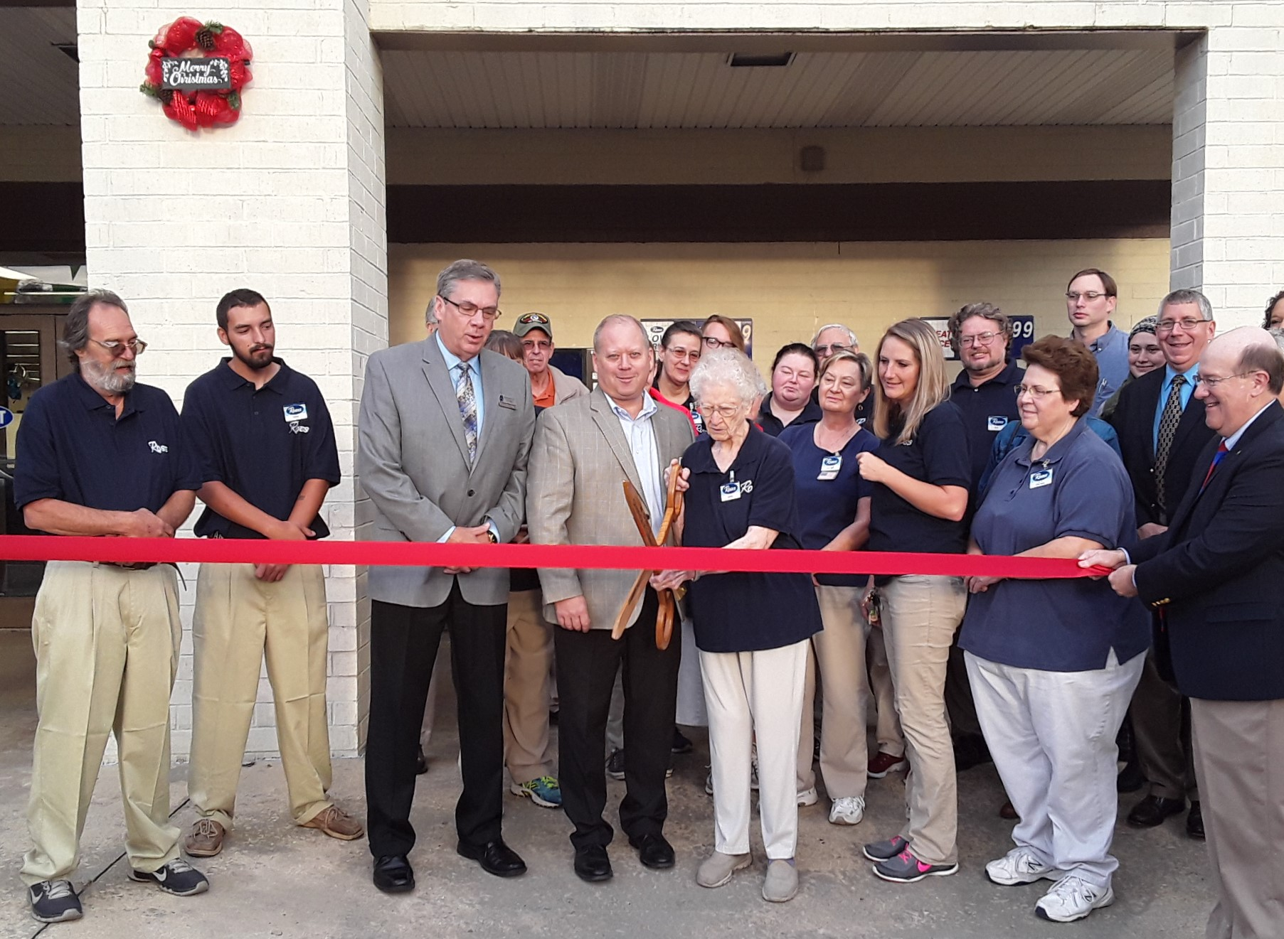 Roses of Marion, NC celebrates Grand Reopening and Ribbon Cutting