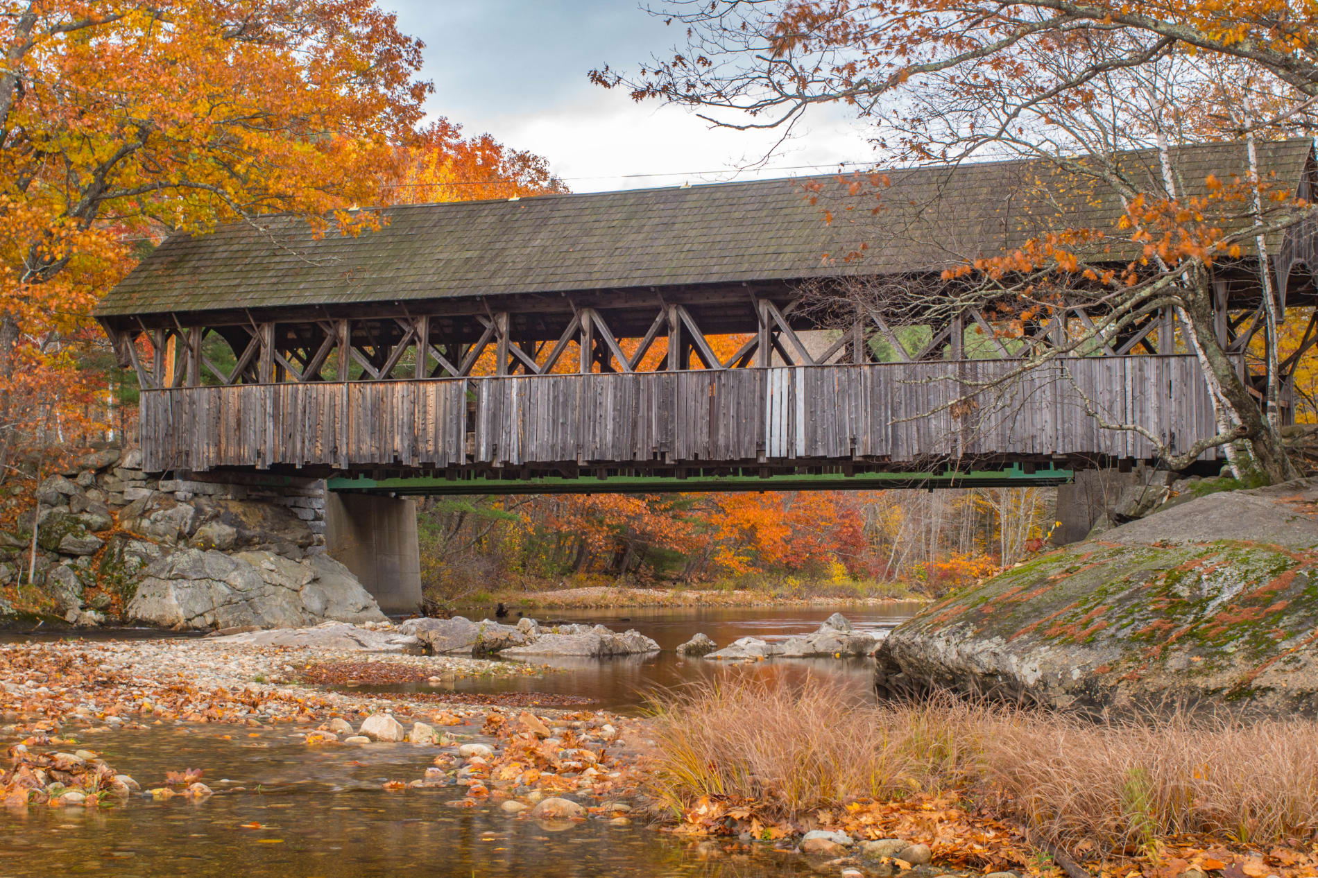 Kirk-Erickson---Mainescape-Media-Covered-Bridge-in-fall-w1900.jpg