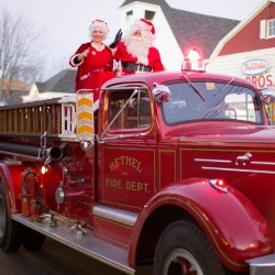 Santa-and-Mrs.-Claus-on-vintage-firetruckCraig-Angevinew250.jpg