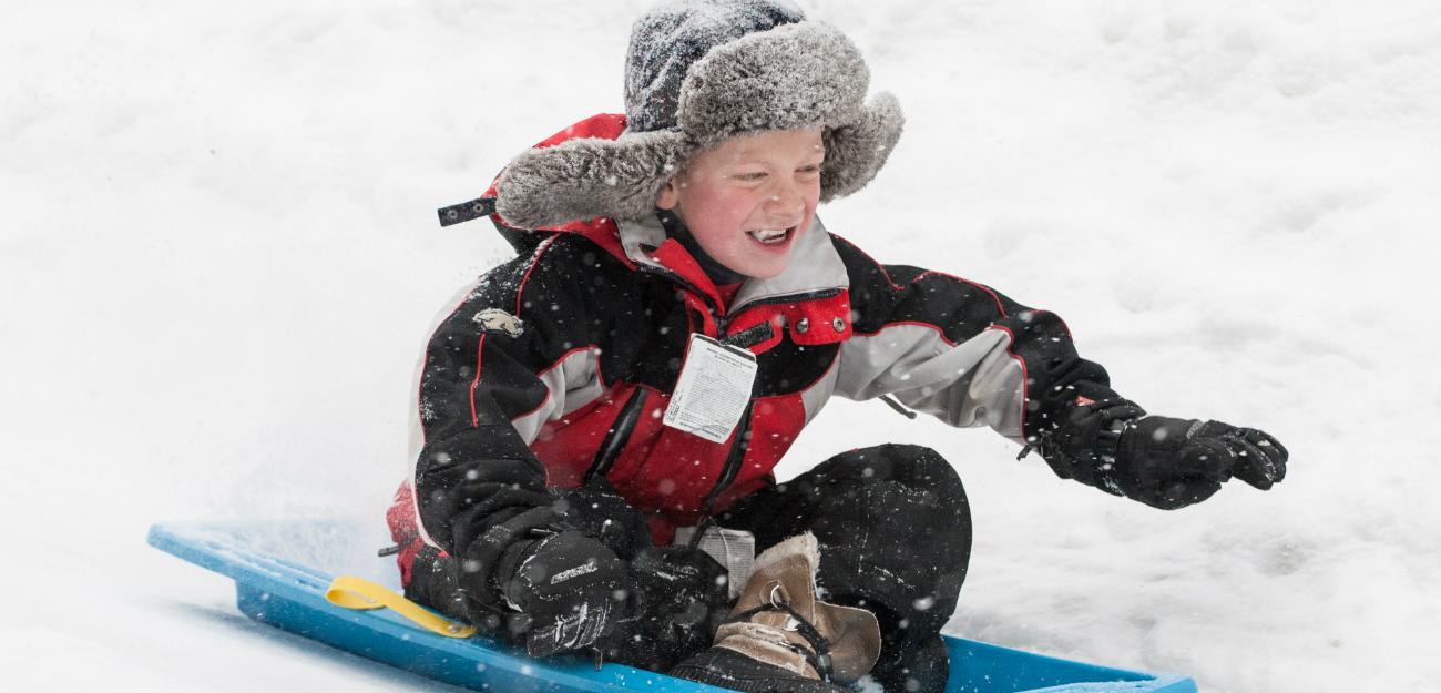 Carol_Savage_Photography_boy_sledding_winter(135).jpg