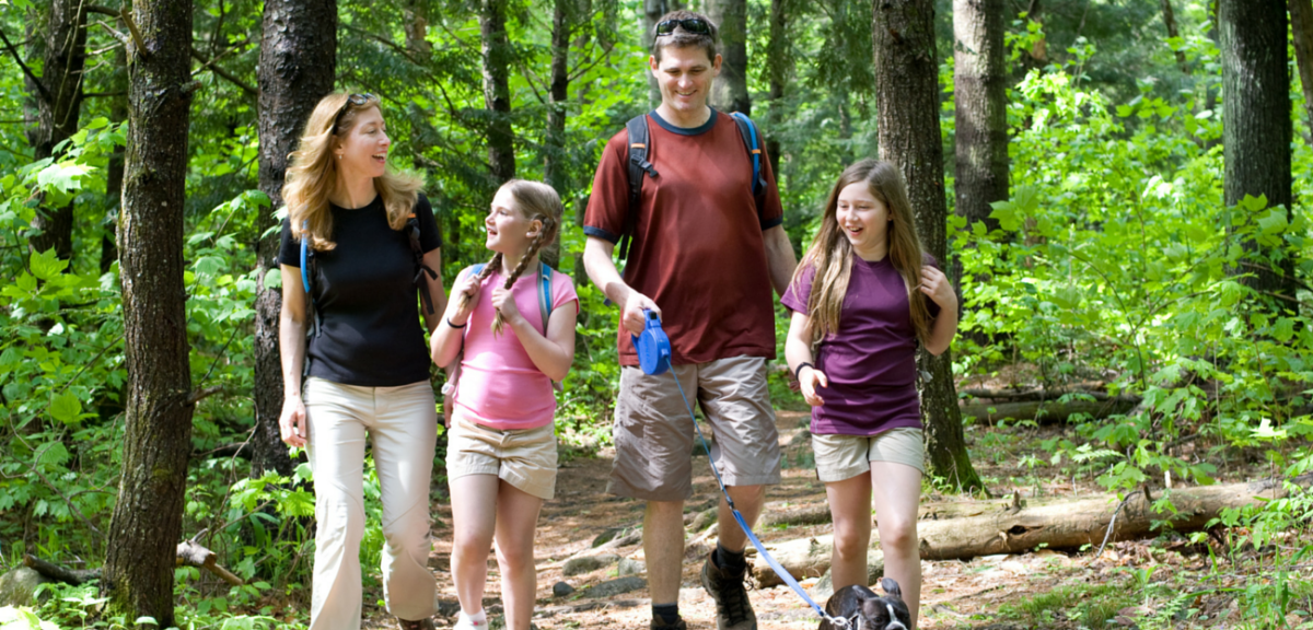 Family_hiking_-_Carol_Savage_Photography-w1200.png