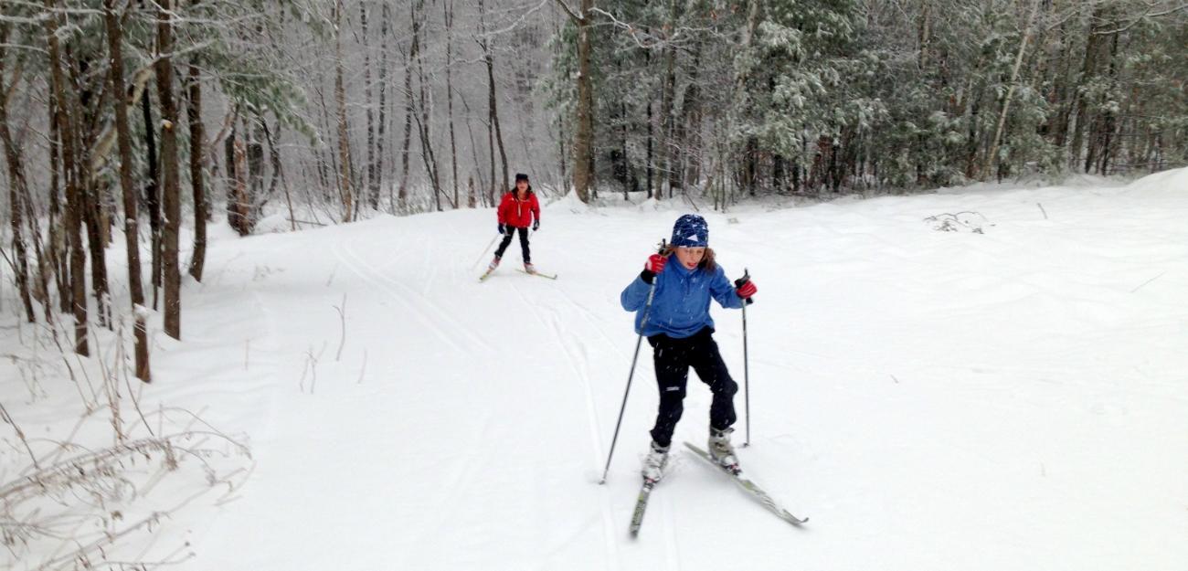 Kids_XC_skiing_-_Norm_Greenberg_photo.jpg