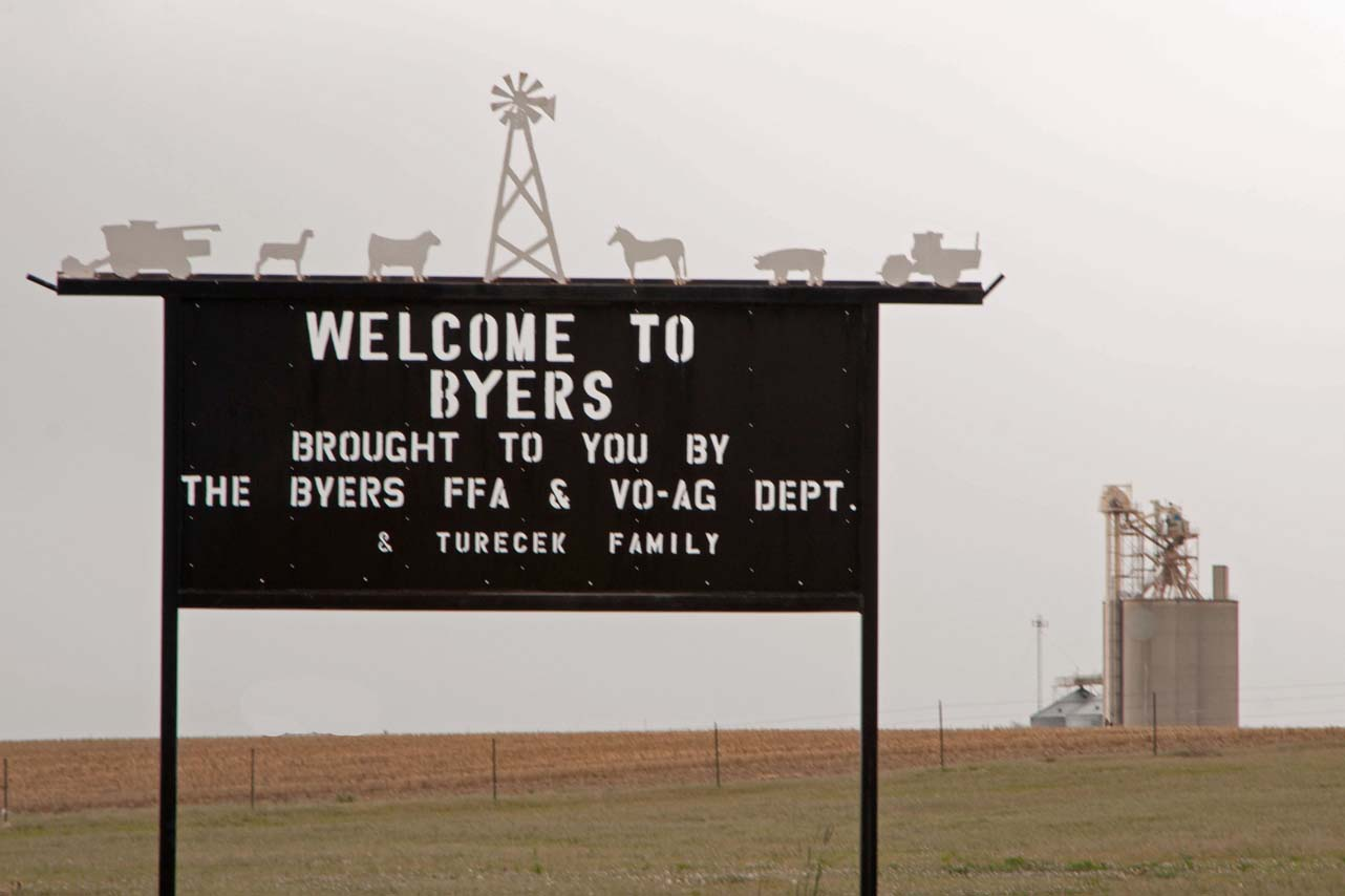 Byers Welcome Sign