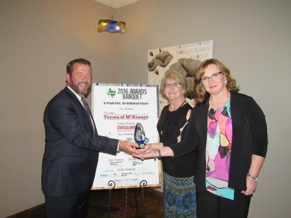 Chamber-Business-of-the-Year--Market-Street-(Kevin-Freeman-and-Margaret-Thomas-and-Jeana-Morales)---A.jpg