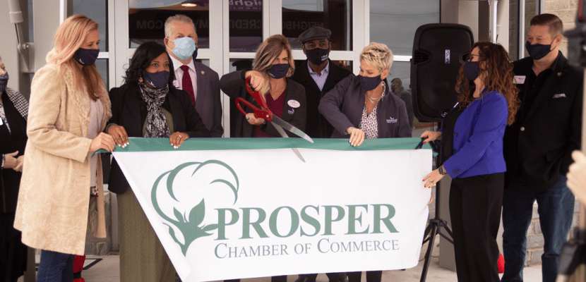 Neighborhood-Credit-Union-cuts-the-ribbon-on-its-new-Prosper-location-A-w830.png