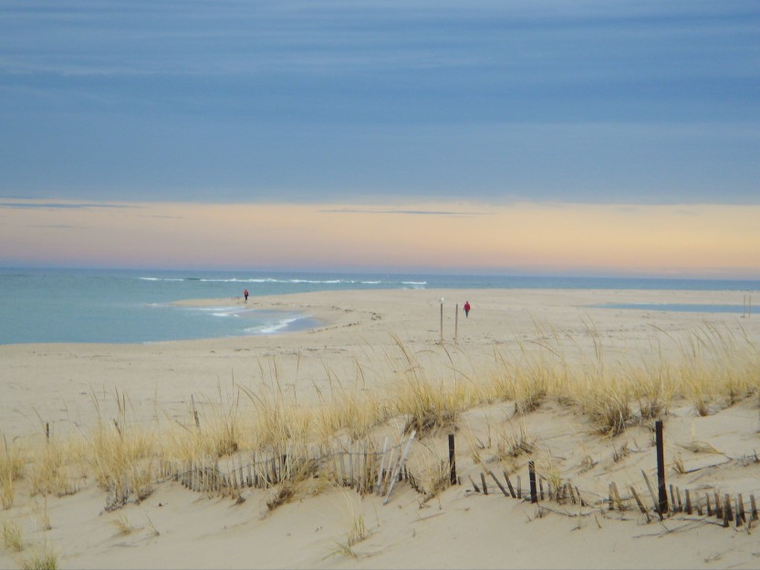 Lighthouse-Beach-Chatham.-Danni-Krash-011-w833.jpg
