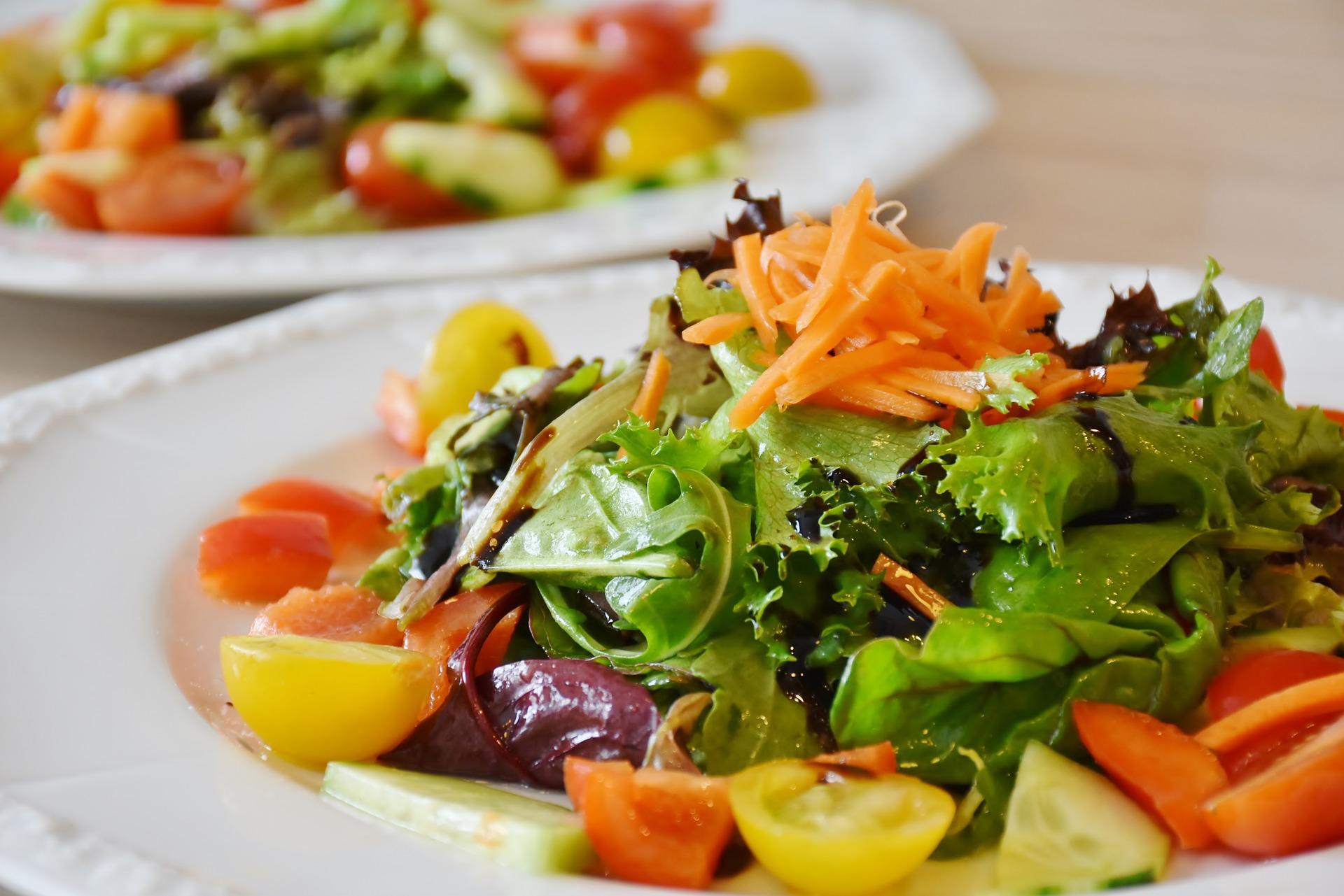 salad-1603608_1920.jpg