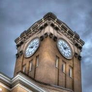 courthouse-clockR-w190.jpg